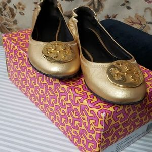 Tory burch Reva leather gold/gold size 8
